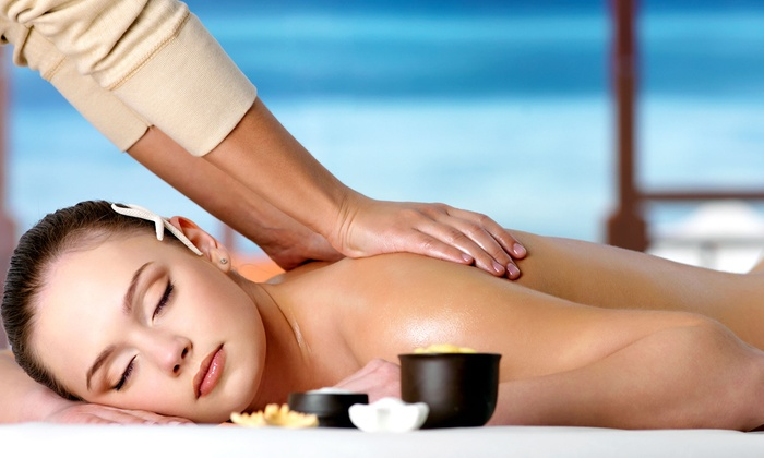 Aroma Wilshire Center - Mid-Wilshire: 50- or 75-Minute Massage with Full-Day Spa Access at Aroma Spa & Sports (50% Off)