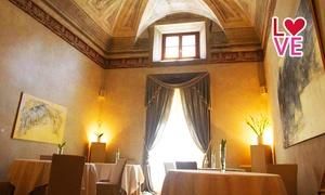 I CAFFI: Menu di 8 portate con bottiglia di vino per 2 persone da I Caffi, ristorante stellato Michelin (sconto 61%)