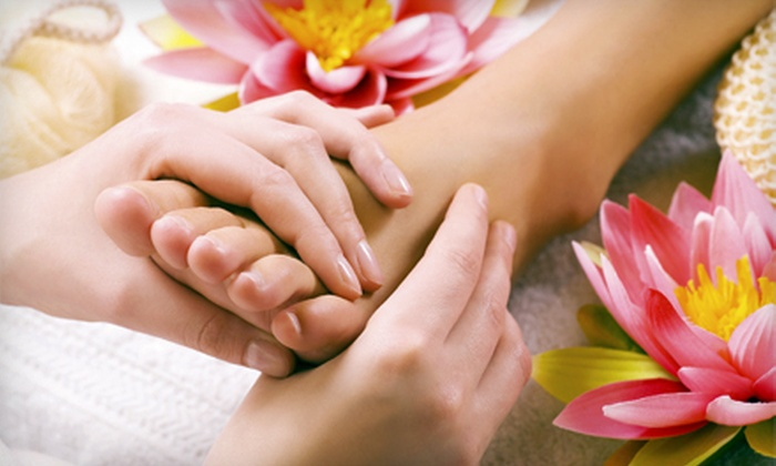 Beauty Secrets - Academy Acres North: Reflexology and Detox Foot Wrap with Option for Hot-Oil Scalp Massage at Beauty Secrets (Up to 54% Off)