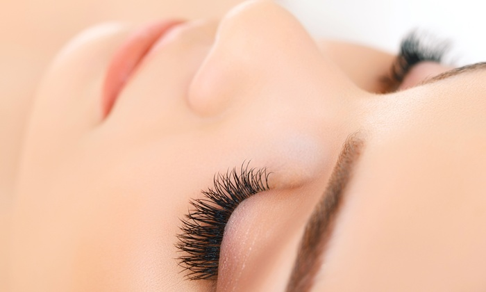 Lashest - Newport Beach: Up to 50% Off Eyelash Extension at Lashest