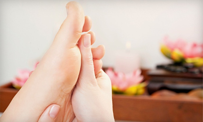 Canadian MediPain Centre - Southwest Calgary: $29 for a Biomechanical Foot Assessment and $150 Toward Orthotics at Canadian MediPain Centre ($225 Value)