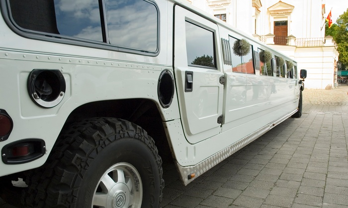 Royal Limousine - Charlotte: $450 for Four-Hour Birthday-Party Rental of a Stretch Hummer or Range Rover from Salisbury Limo ($795 Value)