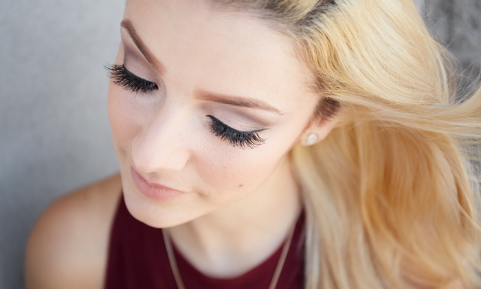Glamour Eyes - Chippewa: Full Set of Eyelash Extensions at Glamour Eyes (50% Off)