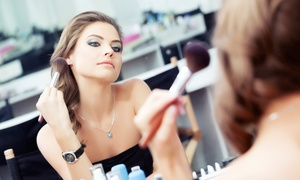 Beauty Party Center: Curso de automaquillaje para 1, 2, 4 u 8 personas desde 16,95 € en Beauty Party Center