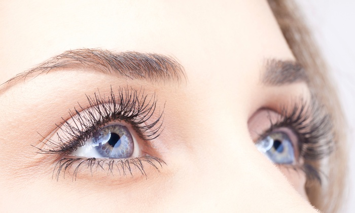 Elegant Lash Extensions - Saint Louis: Xtreme Eyelash Extensions with Optional Touchup Session at Elegant Lash Extensions (Up to 52% Off)
