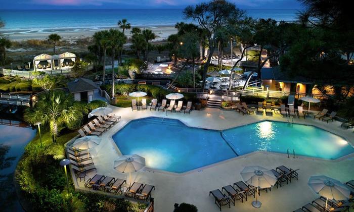 Omni Hilton Head Oceanfront Resort - Hilton Head Island, SC: One-, Two-, or Three-Night Stay with Daily Breakfast at Omni Hilton Head Oceanfront Resort on Hilton Head Island, SC