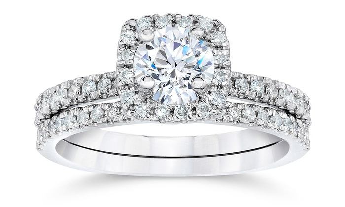 100 CTTW CushionHalo Diamond Engagement Ring Set in 10K White