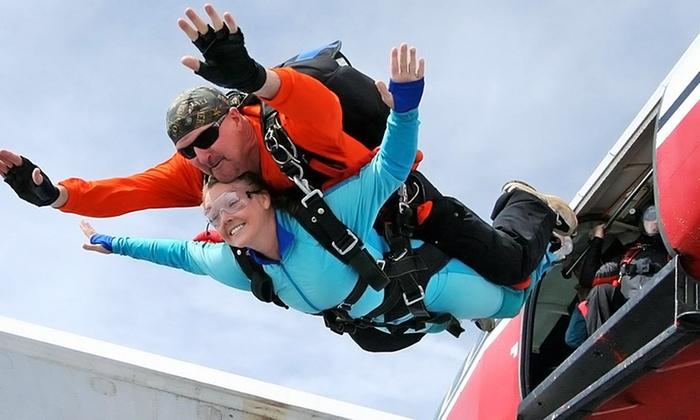 Skydive East Tennessee - East Tennessee: $150 for a Tandem Skydive over Smoky Mountains from Skydive East Tennessee ($224 Value)