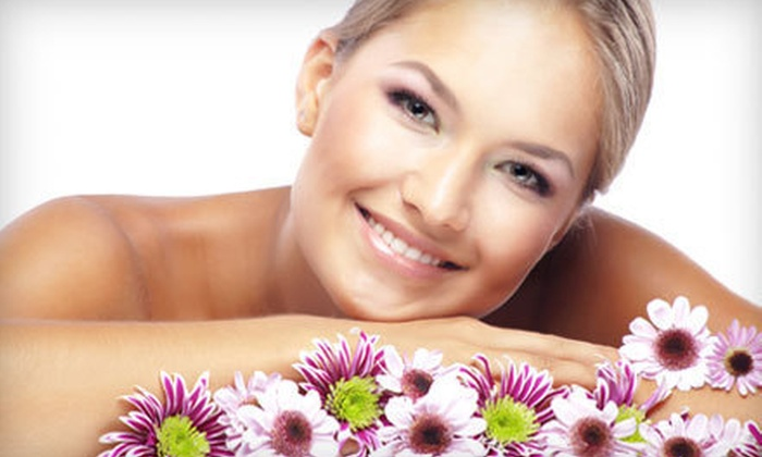 Sculpt Plus - Nixa: $35 for a Custom Spa Facial with a Hand Paraffin Treatment and Neck and Shoulder Massage at Sculpt Plus ($75 Value)