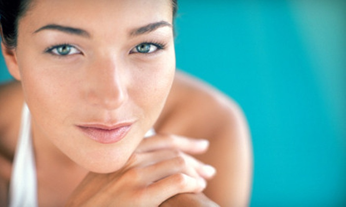 Skin FX Spa - Clive: Organic Spray Tan or Skincare Treatments at Skin FX Spa (Up to 57% Off). Six Options Available.