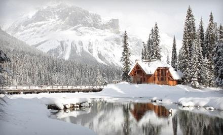 Emerald Lake Lodge - Emerald Lake Lodge in Field