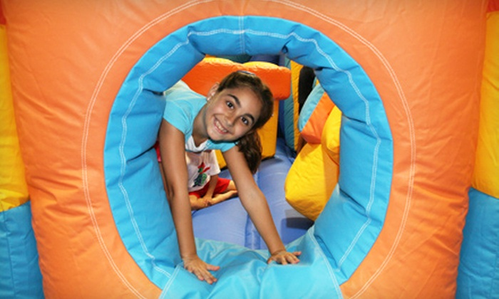 Jump A Roos Inflatable Play & Party Center - Cutler Bay: $24 for Five Open-Play Passes at Jump A Roos Inflatable Play & Party Center in Cutler Bay ($49.95 Value)