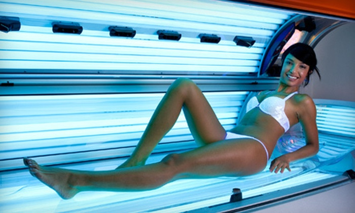 Gold's Gym Regina - Multiple Locations: 10 Tanning or HydroTherapy-Massage Sessions (75% Off)