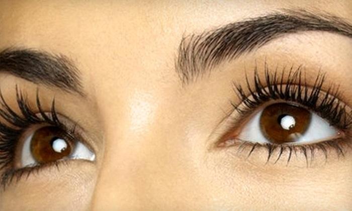 Alichia Ryan - Centennial: $175 for Set of Eyelash Extensions from Alichia Ryan in Centennial ($350 Value)