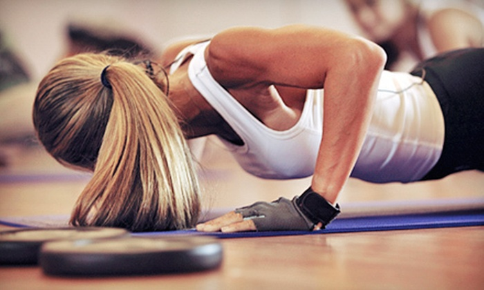 Fitness Porvida - Multiple Locations: 20 or 25 Women's Bluestar Fitness Classes at Fitness Porvida (Up to 86% Off)