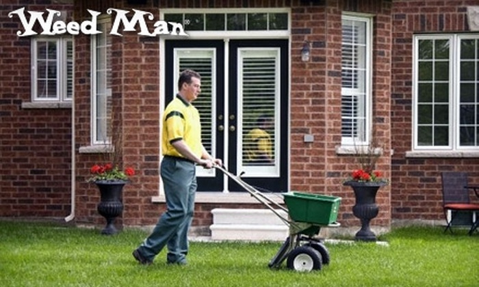 Weed Man Lawn Care - Central Fresno: $25 for a Full Lawn-Fertilizing Treatment and Winter Weed Spray from Weed Man Lawn Care (Up to $55 Value)