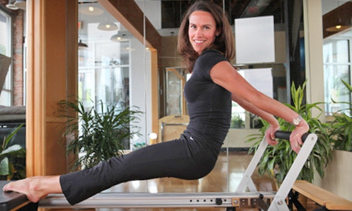 Pilates 1901 - Kansas City: 10 Pilates Mat or Cardio Classes or 4 On Ramp Reformer Classes at Pilates 1901 (Up to 81% Off)