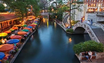 A sidewalk restaurant at the Riverwalk in San Antonio, TX