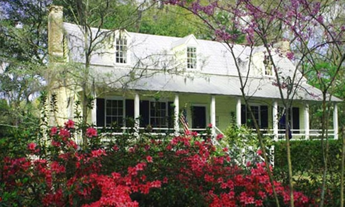 Heyward House - Bluffton: $15 for a Walking Tour of Bluffton Historic District for Two from Heyward House Historic Center ($30 Value)