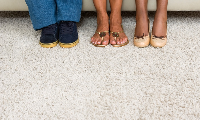 Performance Carpet Cleaning - Columbus: $49 for Carpet Cleaning for Three Rooms from Performance Carpet Cleaning (Up to $130 Value)