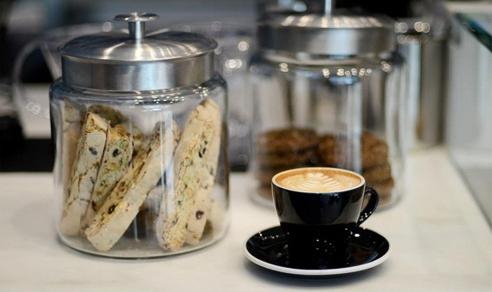 UR CUP - Greenwich Village: $15 for $30 Worth of Gourmet Coffee, Tea, and Juice at UR CUP