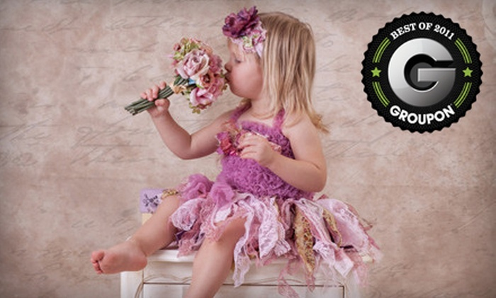 Show and Tell Photos - Sherwood Park: $59 for a One-Hour In-Studio or Lakeside Photo Shoot from Show and Tell Photos in Sherwood Park ($699 Value)