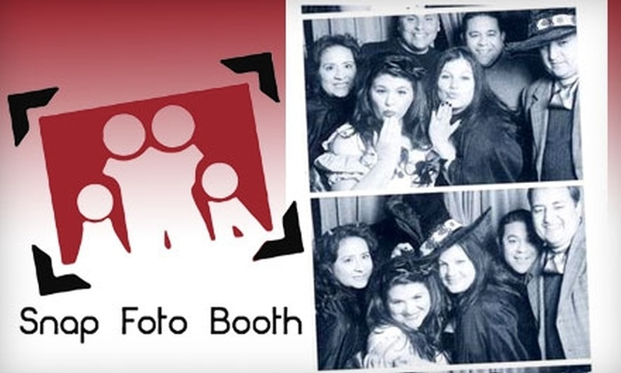 Snap Foto Booth - Fresno: $99 for a One-Hour Photo Booth Rental from Snap Foto Booth ($249 Value)
