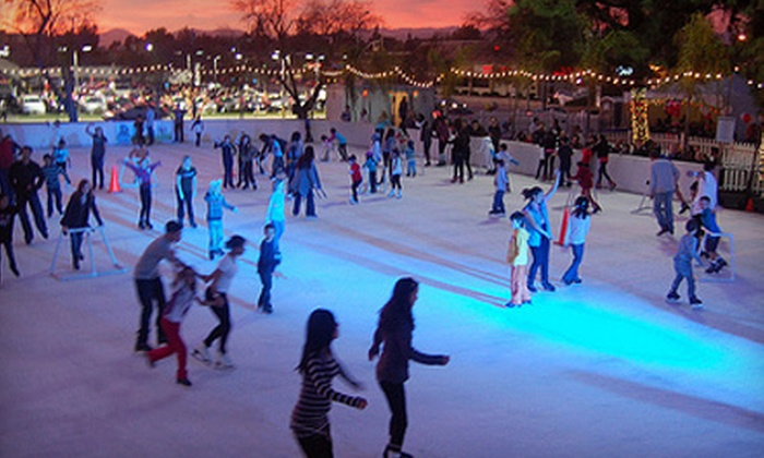 Woodland Hills Ice - Warner Center: $150 for 90-Day Skating Pass for One or 30-Day Family Skating Pass at Woodland Hills Ice ($300 Value)