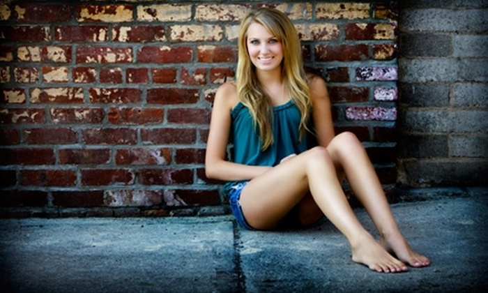 Rossetti Photography - Tracy: $50 for a One-Hour Photo Session from Rossetti Photography ($175 Value)