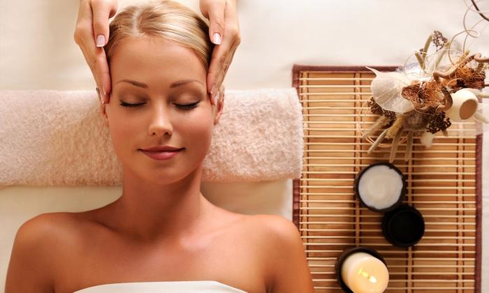 Kinesis Beauty Space - Catania: Percorso benessere con 3 massaggi più trattamento viso e scrub da 39,90 €