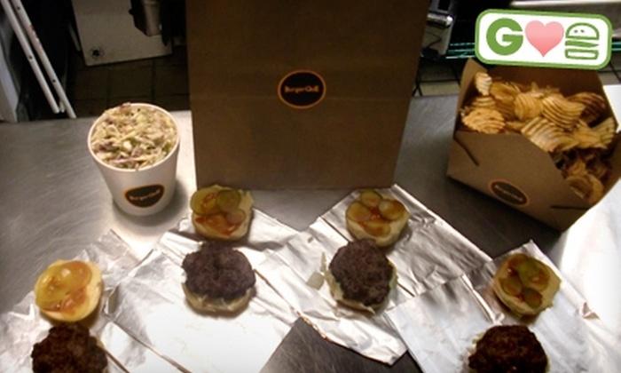 BurgerQue - Palm Lee Park: $10 for a Family Style Burger Bag at BurgerQuE ($20 Value)