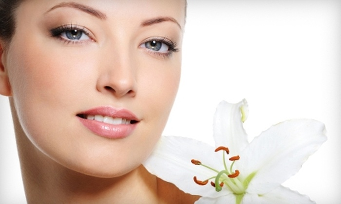 Solutionz - Largo: $99 for an AFT Age-Spot-Removal Facial Treatment at SolutionZ in Largo ($400 Value)
