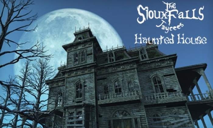 Sioux Fall Jaycees Haunted House - Sioux Falls: $3 for One Ticket to Sioux Falls Jaycees Haunted House (Up to a $7 Value)