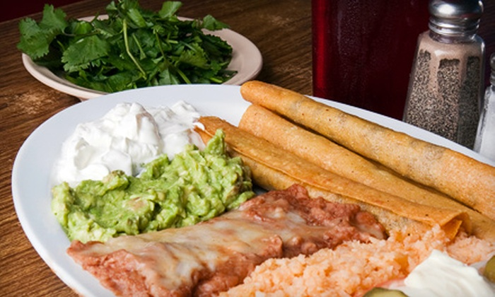Si Señor Mexican Restaurant - Seven Hills: $10 for $20 Worth of Mexican Fare at Si Señor Mexican Restaurant in Seven Hills