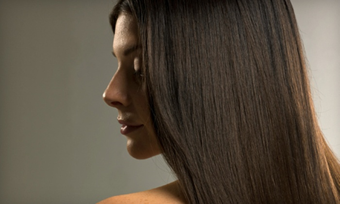 Concerto Salon & Spa - Los Angeles: $20 for a Blowout with Deep-Conditioning Treatment and Scalp Massage at Concerto Salon & Spa in Valencia ($45 Value)