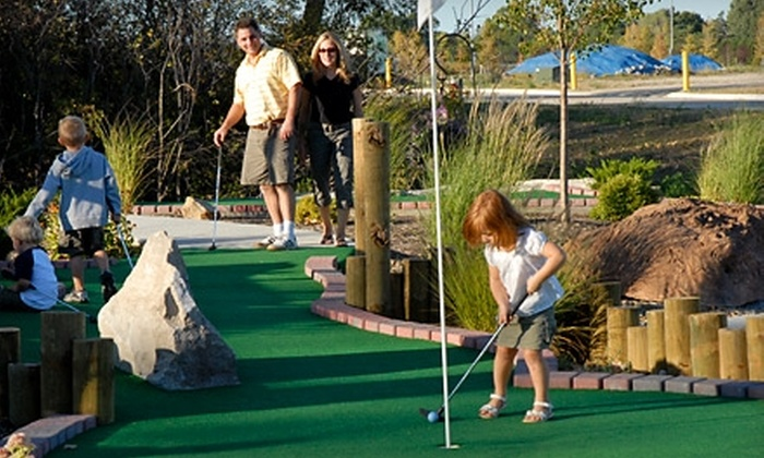 Mulligans Family Fun Center - North Ridgeville: $14 for 18 Holes of Mini Golf for Four at Mulligans Family Fun Center in North Ridgeville (Up to $28 Value)