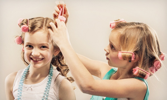 Girly Girlz Themed Spa Party - Palm Beach: $149 for a 90-Minute Prestige Birthday Party for Up to Eight Girls from Girly Girlz Themed Spa Party ($475 Value)