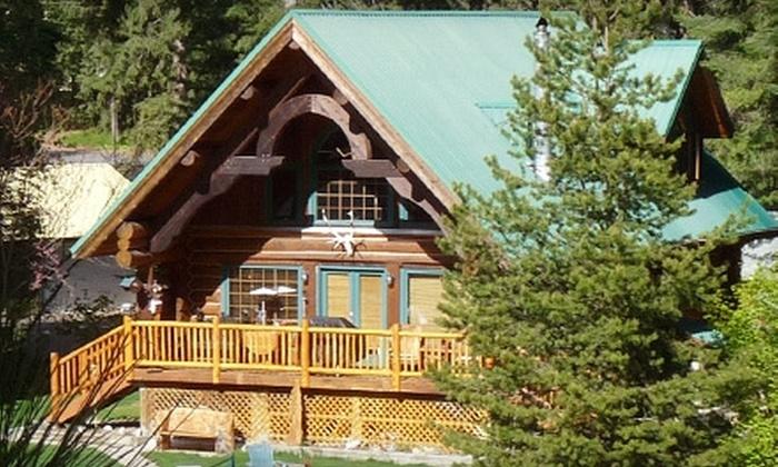 Comfy Cabins LLC - Northwest Bellevue: $175 for $350 Toward a Cabin Rental from Comfy Cabins LLC