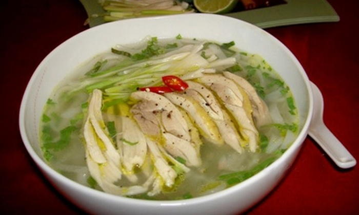 Vo's Restaurant - Old San Leandro: $12 for $25 Worth of Vietnamese Cuisine and Drinks at Vo's Restaurant in San Leandro