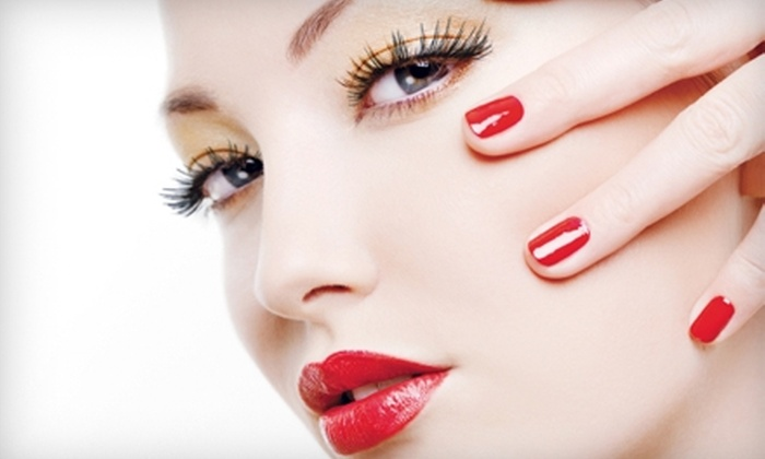 Oakville Spa and Wellness Centre - Oakville: $20 for Express Manicure and Shellac Nail Treatment at Oakville Spa and Wellness Centre ($41 Value)
