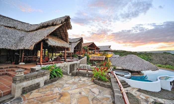 4-Star Private Casitas with Meals in Nicaragua