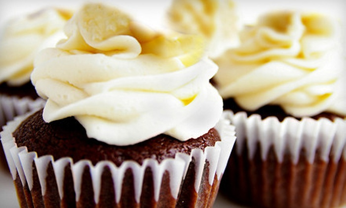 The Cake Factory - Historic Old Northeast: $12 for One-Dozen Classic Deluxe Cupcakes at The Cake Factory in St. Petersburg ($24 Value)