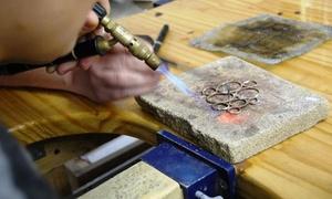 """יניב שפירא מעצב תכשיטים וביה""""ס לצורפות: סדנת צורפות בתל אביב כוללת תכשיט פרי יצירתכם ב-149 ₪ או 3 מפגשים להכנת תכשיטים שונים ב-399 ₪ בלבד!"""