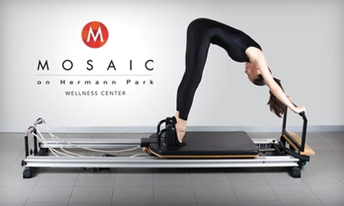 Mosaic Wellness Center Houston - Greater Third Ward: $45 for Four Reformer Pilates Classes and One Cardio Group Class at Mosaic Wellness Center ($128 value)