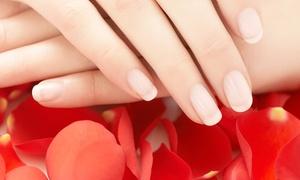 OPERABELLISSIMA: 3 applicazioni di smalto, a scelta su mani o piedi al centro estetico Operabellissima (sconto 89%)