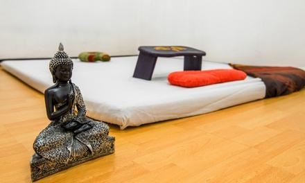 Sesión de masaje tailandés de 60 o 90 minutos desde 19,95 € en Centro Vitam Terapias Alternativas