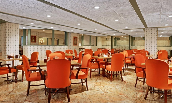 Congress plaza hotel in chicago il groupon getaways for Available hotels in chicago