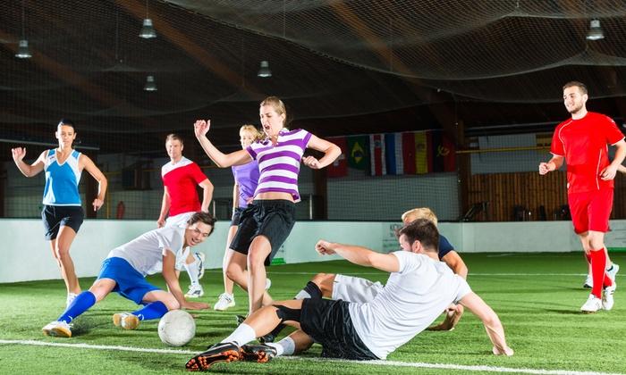 foot en salle entre amis le five la rochelle groupon
