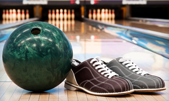 Papa Luigi's Pizza II - South Milwaukee: Bowling Package for Four or Six with Shoe Rental and Beer or Soda at Papa Luigi's II in South Milwaukee (Up to 71% Off)