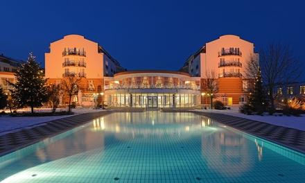 Bad Gögging: 2 3 Nächte für Zwei inkl. Halbpension, Wellness, Wellness Gutschein und Welcome Drink im The Monarch Hotel